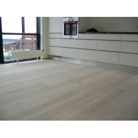 Dansk Ask Planker. Massiv. Select. Dim. 22 x 210 mm. Ubehandlet.