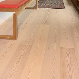 Wiking Gulve. Lamel Lærk Planker. Dim. 15 x 185 mm. Lud og hvidolie.