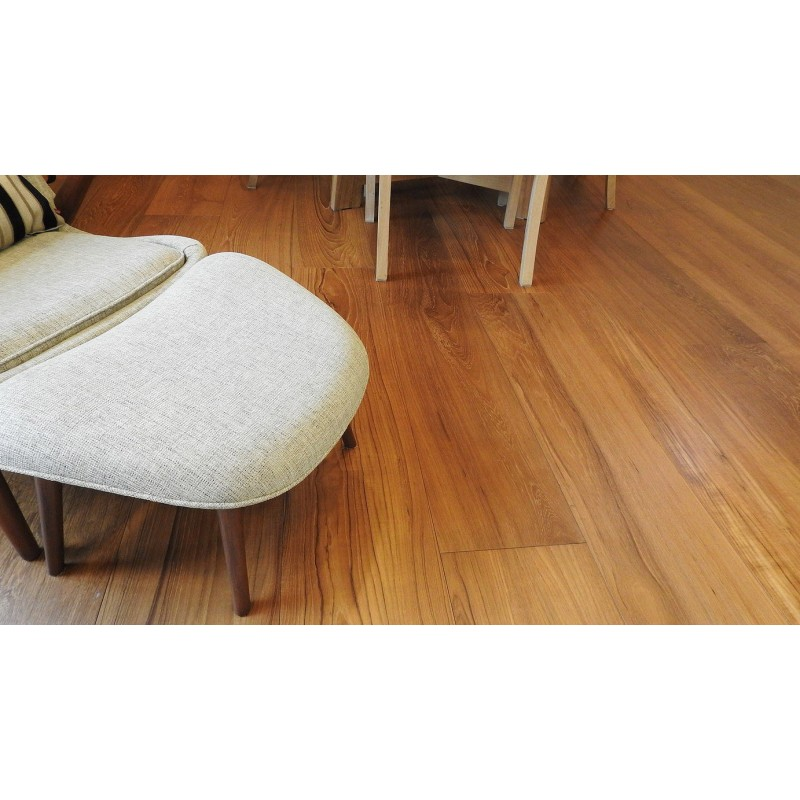 Champaca Wood. Lamel Teak Planker. Dim. 15 mm x 135 x 1800-2400 mm. OSMO Færdig Naturolie.