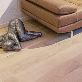 Lamel Eg Planker. Prestige Pacific. Dim. 22 x 235 mm. Hvid hårdvoksolie.