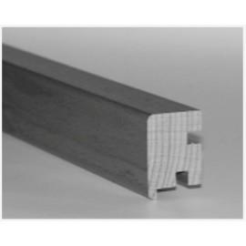 Trappeforkant i SylvaKet Lakeret til 20,5 mm. Dim. 26 x 40 x 2400 mm. 1 stk. pose.
